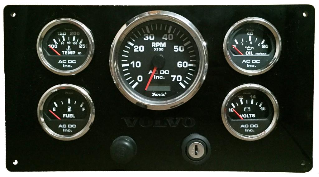 7K RPM Volvo Penta Engine Panel